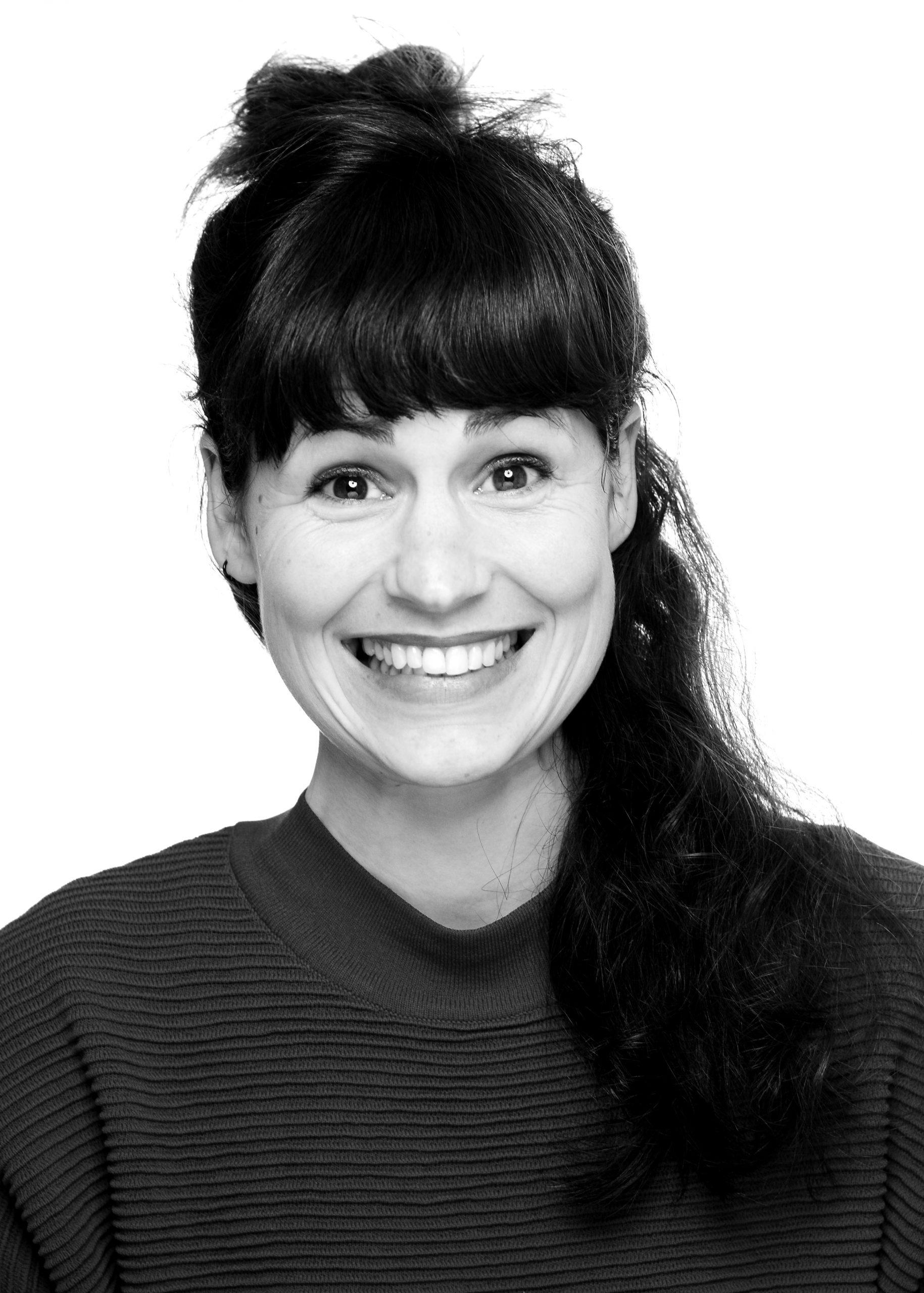Schwarz-weiß Portrait von Janina Focke